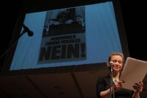 Bettina Kaminski liest Ettie Gingolds Rede Bonner Hofgartenkundgebung 1983